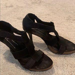 Donald J. Pliner Shoes - Shoes